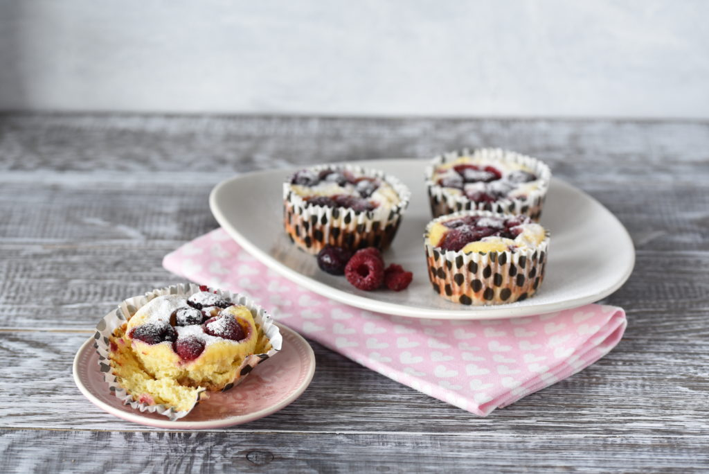 Perfektes Sommergebäck: Cheesecake mit Beeren