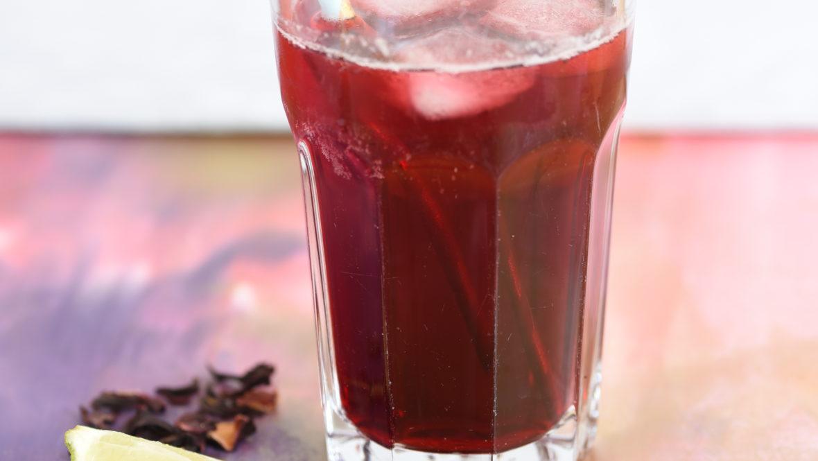 Herrlich erfrischend - Hibiskus-Limonade